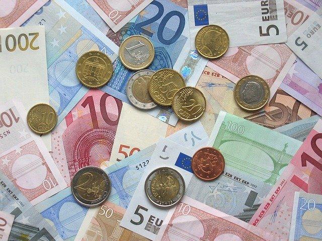 外貨両替-min